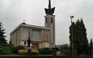 Kościół pw. Św. Maksymiliana Marii Kolbego i NMP Królowej Polski w Woli Filipowskiej